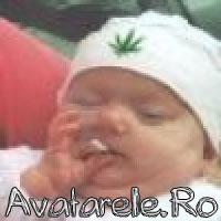 Bebelusi Fumeaza Marijuana